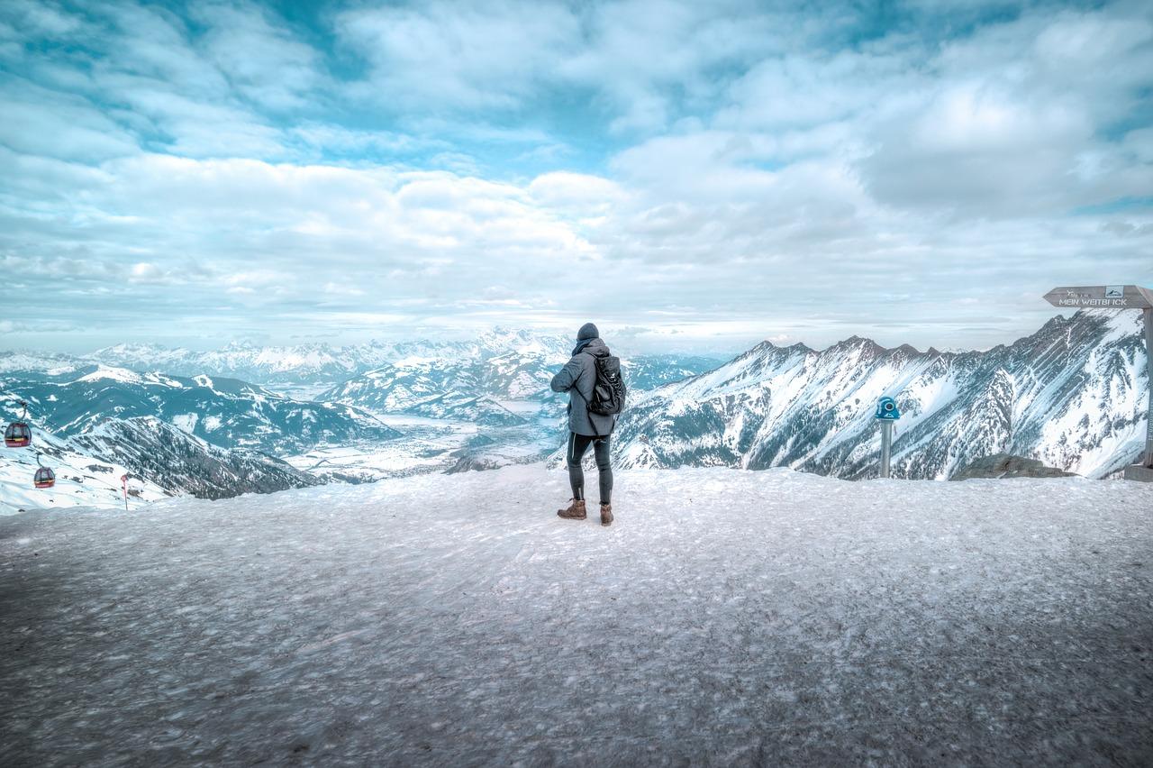 Hiking in sneeuw